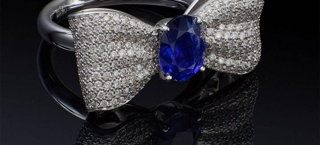 Кольцо с сапфиром — стильное и модное украшение!