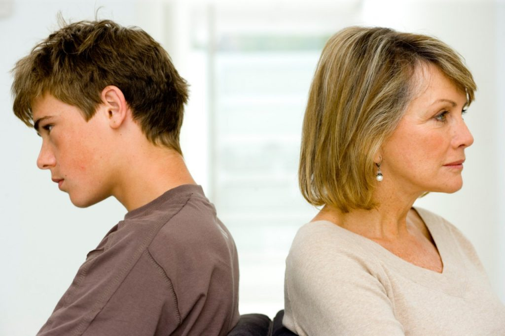 parent and teenager relationships essay 5 reasons teenagers need parents doubt about the place of parents in a teenager's parent teen relationships have been positively associated with.