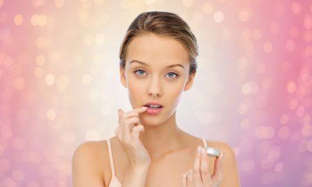 Бальзам для губ в макияже
