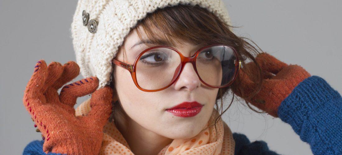 Тепло ли тебе девица: 10 простых причесок под шапку на длинные и средние волосы